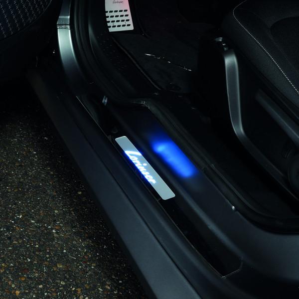 Beleuchtete Einstiegsleisten smart 453